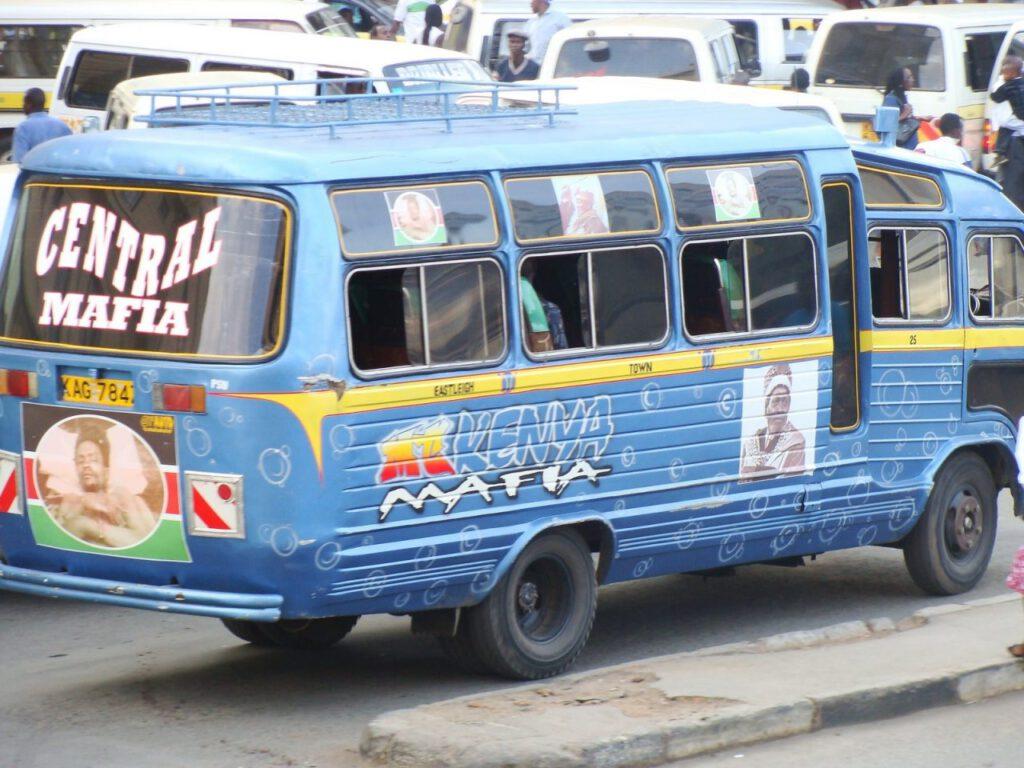 Matatus en Nairobi
