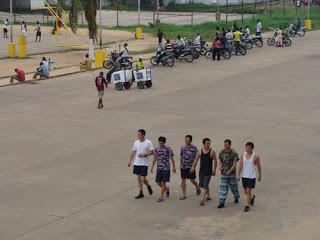 jovenes chinos en benín