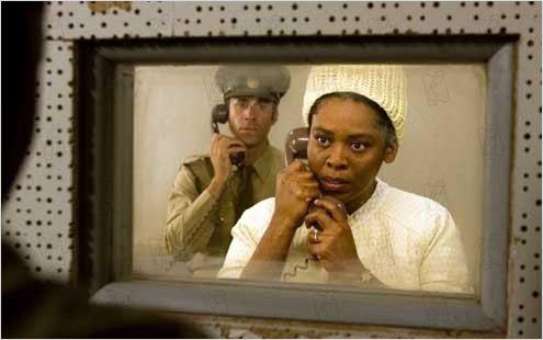 'Adios bafana', las memorias del carcelero de Mandela en formato película