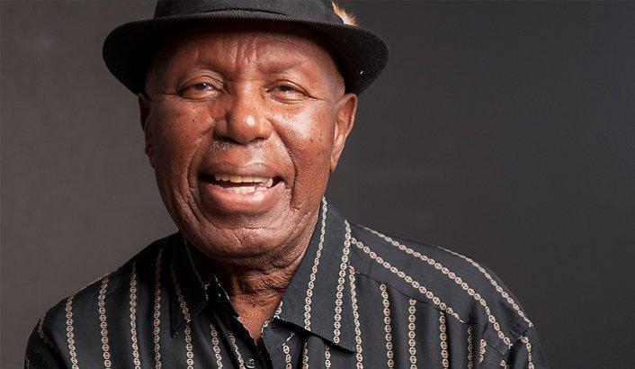 Alfred Kumalo, fotógrafo sudafricano que documentó la vida cotidiana bajo el Apartheid