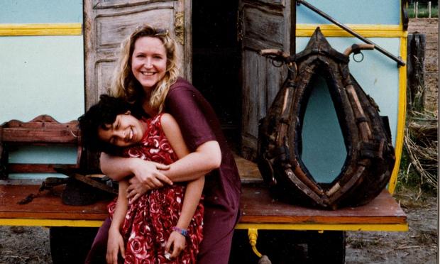 """Lisa Lovatt-Smith, """"el concepto de orfandad no existe en África"""""""
