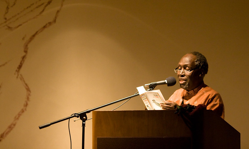 El escritor keniata Ngugi Wa Thing'o