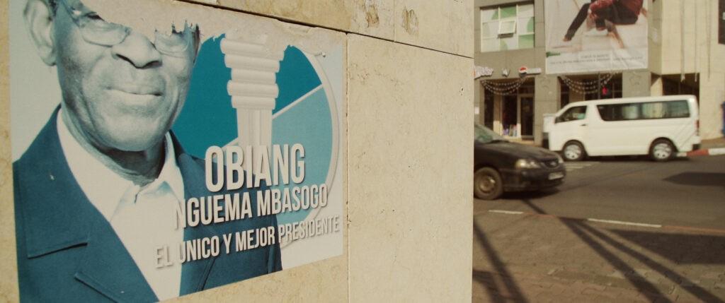 Cartel publicitario de Obiang